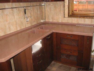 Кухонная столешница с вентиляционной решеткой