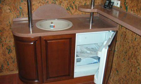 Мини кухня - бар из искусственного камня Полистоун POLYSTONE