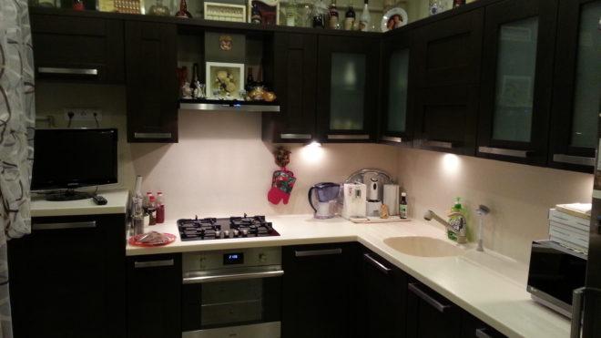 Кухня из искусственного камня